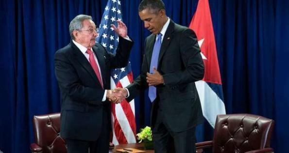 Castro-y-Obama-en-Nueva-York-_ab-620x330